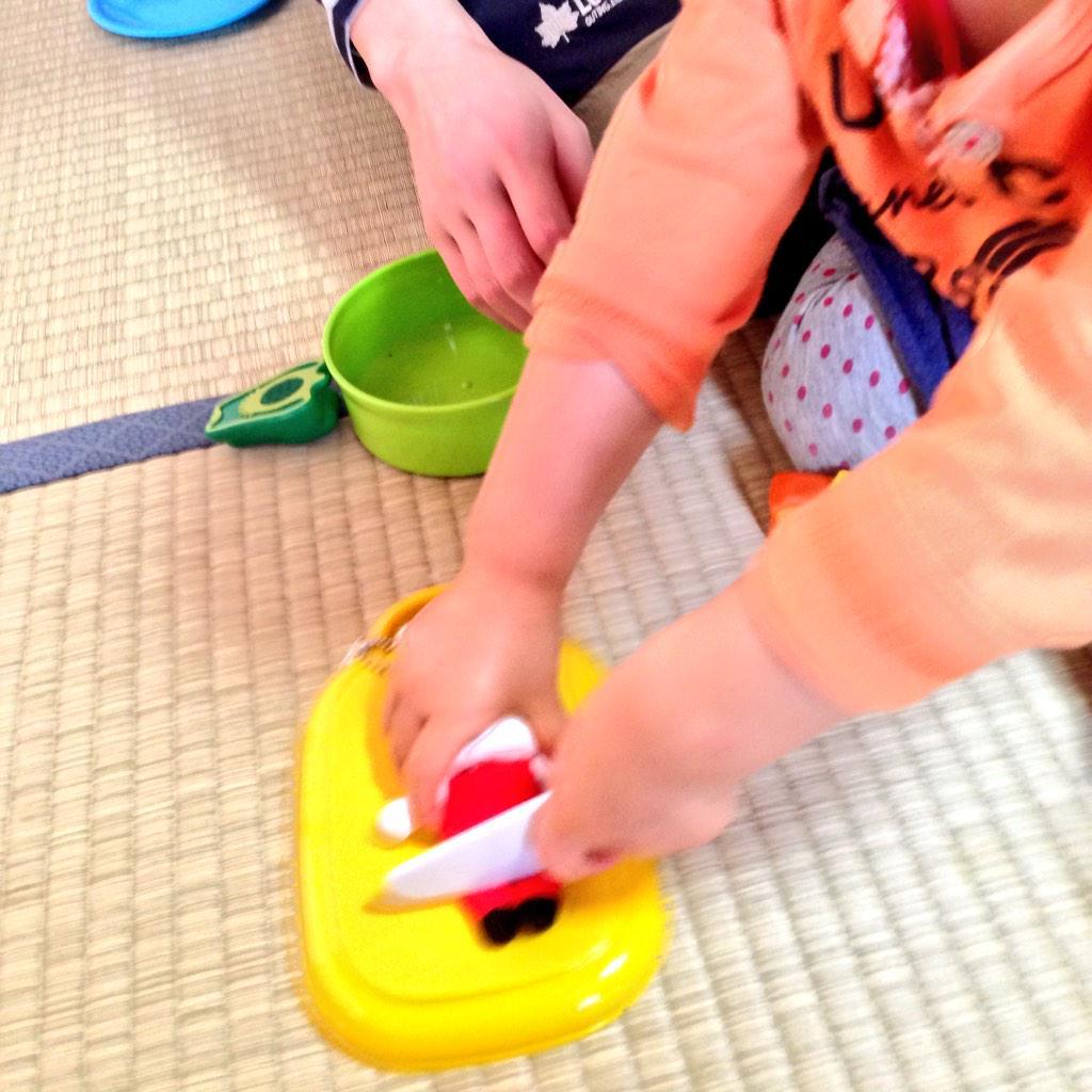2歳児のオママゴトがなんかジビエで草・・・