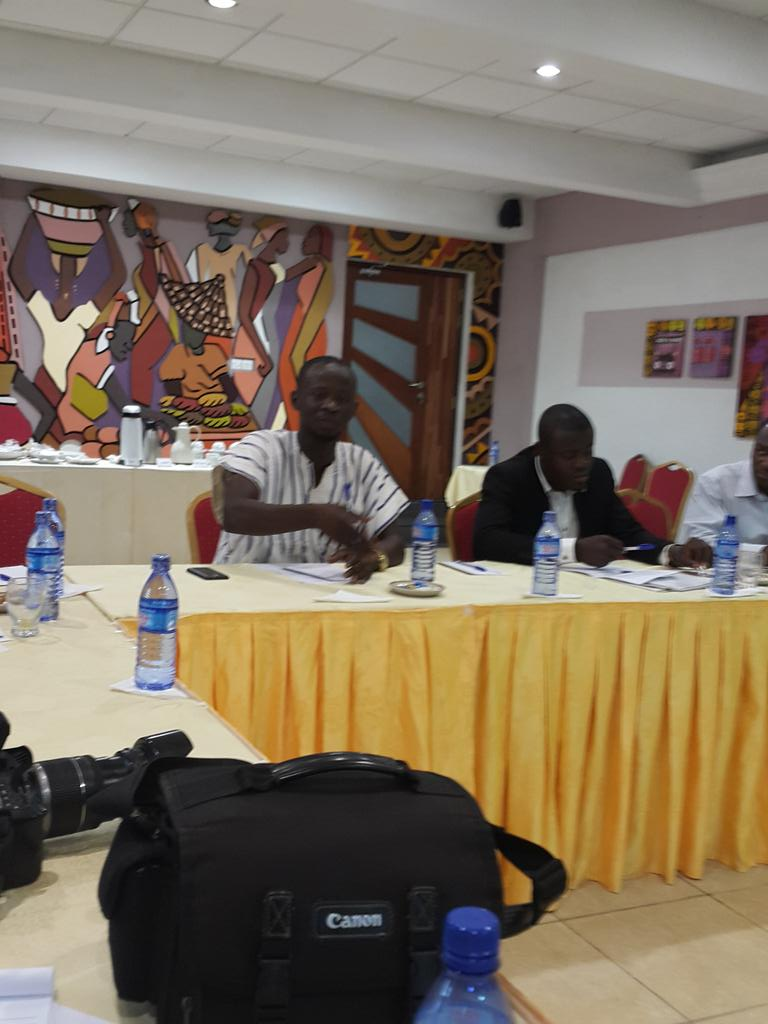 Youth advocate: before #ecowas Summits, how many ppl have access 2 policymakers? @KojoAbroba @KhaitaSylla http://t.co/d4bwZxSpaM