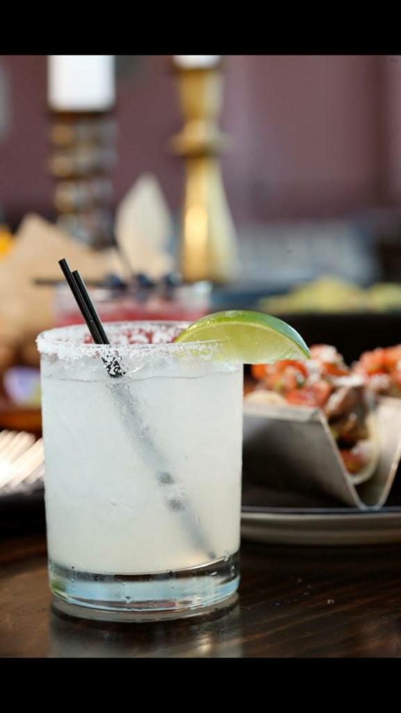 We're celebrating #Margarita Day with happy hour all weekend long from 3-6:30pm on Sat&Sun! Cheers! http://t.co/EcZNBGZKfs
