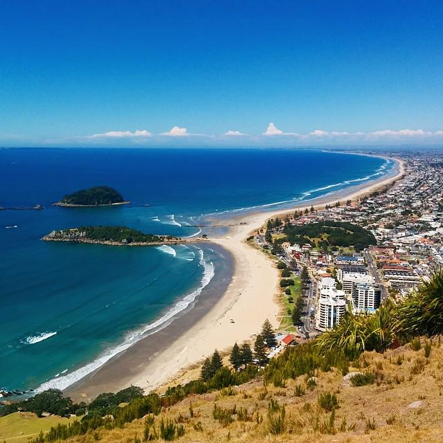 Beautiful view to #tauranga in #newzealand from Mt. Maunganui. http://t.co/eul5YSPcoh http://t.co/62MfQ4Livw