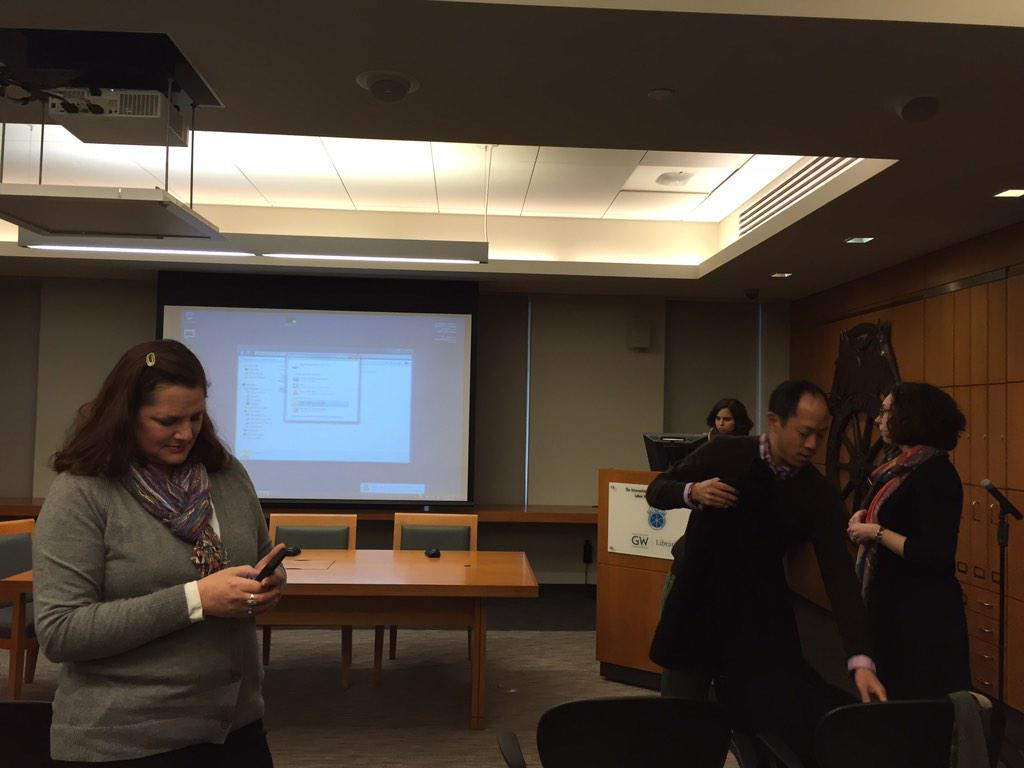 @DianeHCline and @JonathanHsy Digital humanities at @gelmanlibrary #gwdoesdh http://t.co/I79vPyTi4m