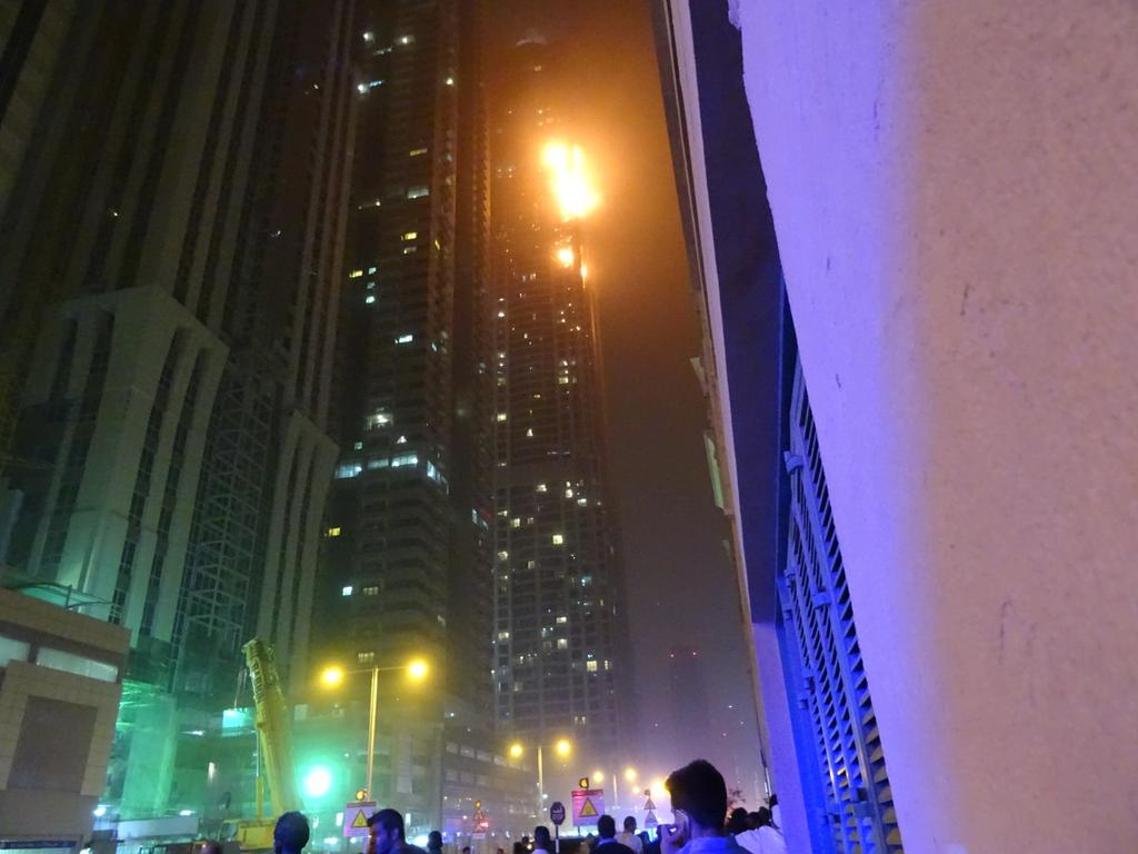 Incendio Dubai Foto Video
