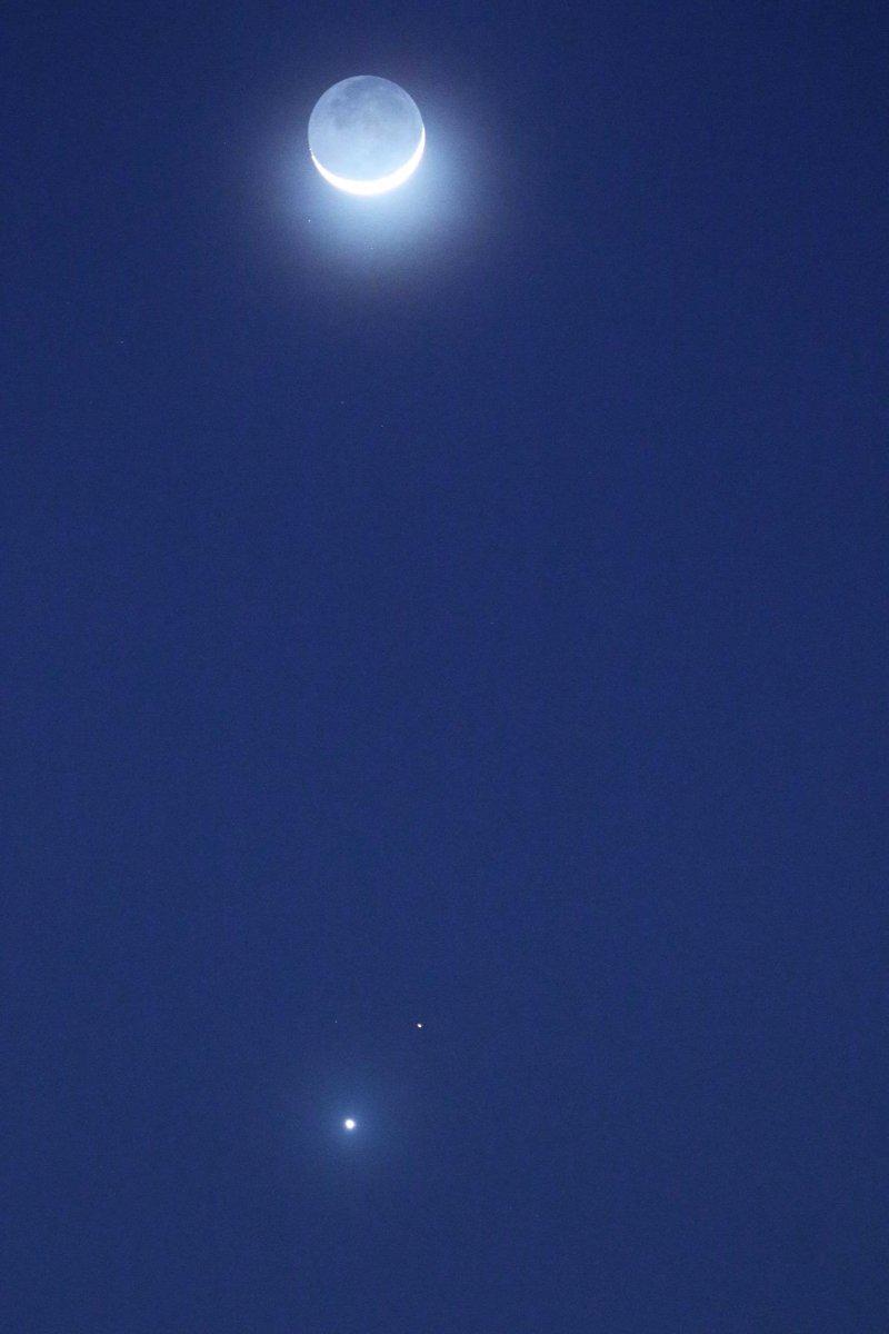 月と火星と金星と。 http://t.co/3zcldcbFfW