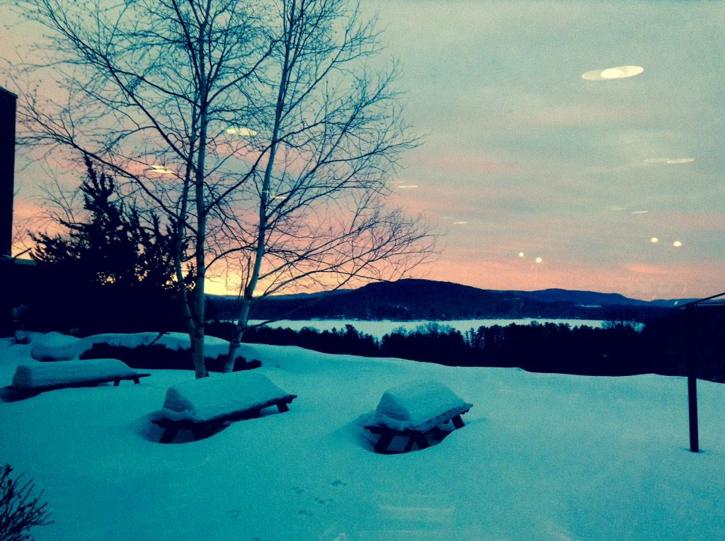 I cannot actually get a pic of how amazing it is. Sunrise at #Kripalu #BeautyHunting @JenPastiloff http://t.co/vgWCTHr6YY