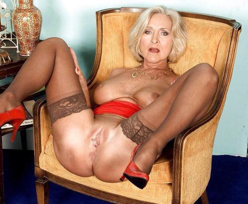 gratis Oma Pornos und Granny Sexvideos  Geile Oma Pornofilme