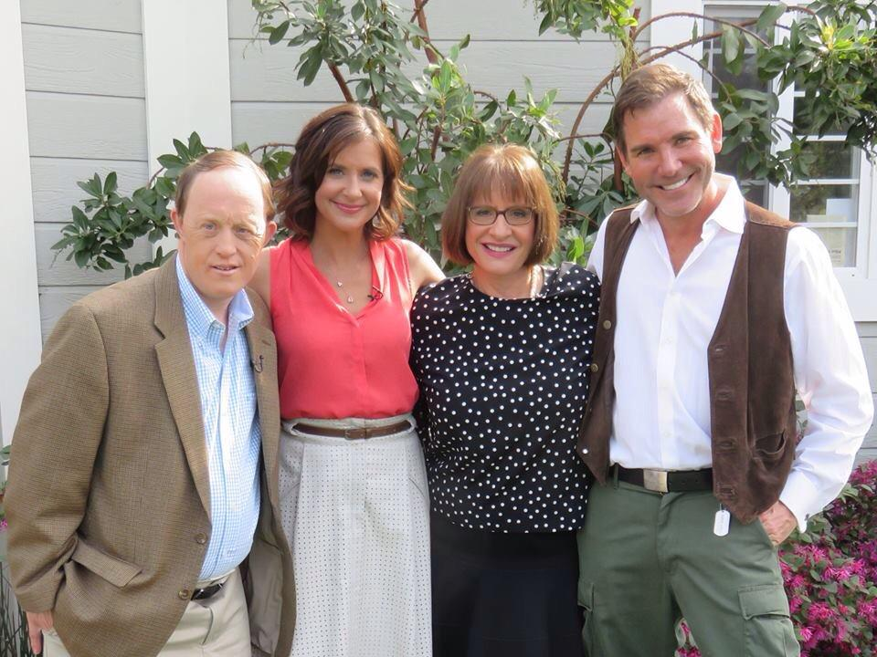 """@KecksExclusives: #LifeGoesOn reunion w/ @Kellie_Martin #pattilupone & Chris Burke: Mon on @HomeandFamilyTV http://t.co/GIaouaVXiN"""