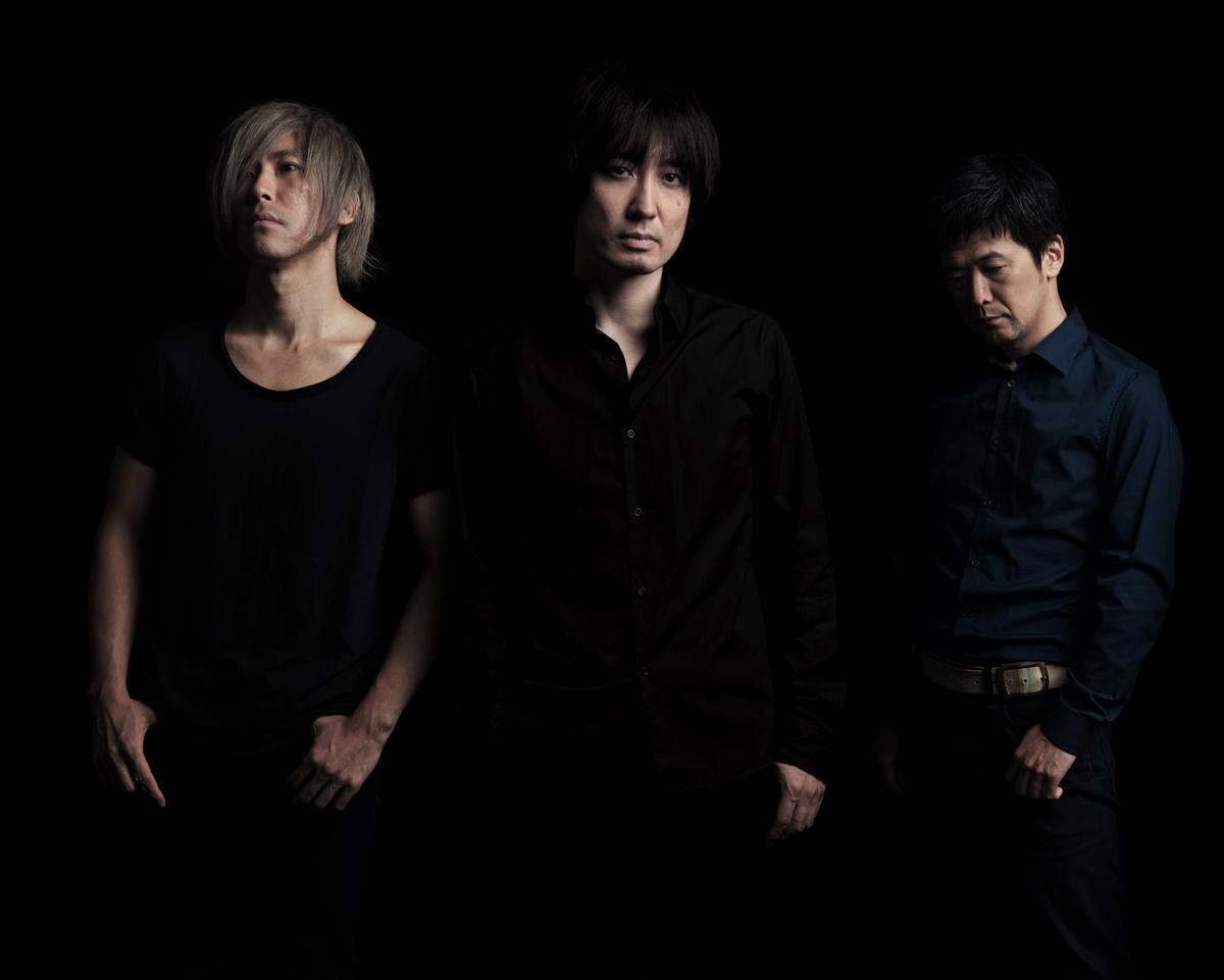 【syrup16g】syrup16g tour 2015『Kranke』開催決定!チケット発売は5月17日。それに先駆けてsyrup16gオフィシャルHPにて先行予約受付を実施。| http://t.co/KgHnI7Z2BZ http://t.co/Bh7kTCa1Mh