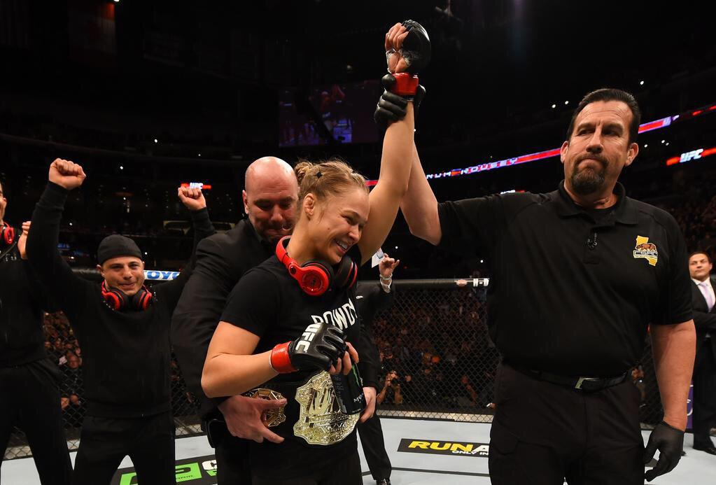 Want to win the same @MonsterProducts headphones as @UFC Champ @RondaRousey? RT to enter.   http://t.co/7ZRwmpoKlu http://t.co/G3VG1yd1CR