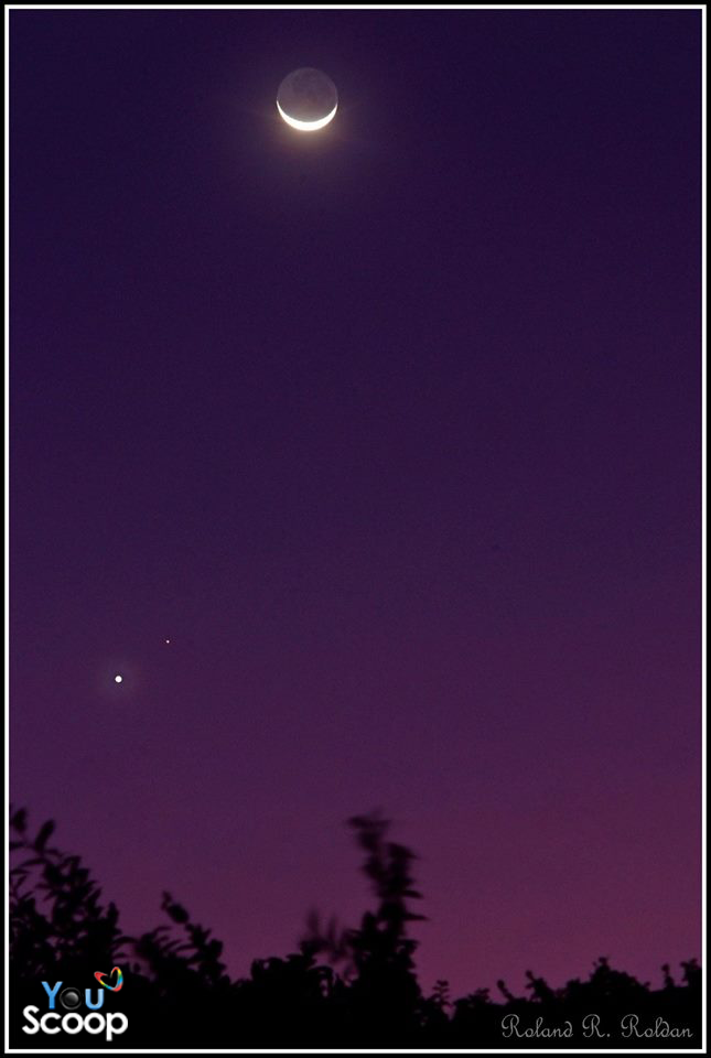 Venus: Conjunction of Venus, Mars, and the crescent moon
