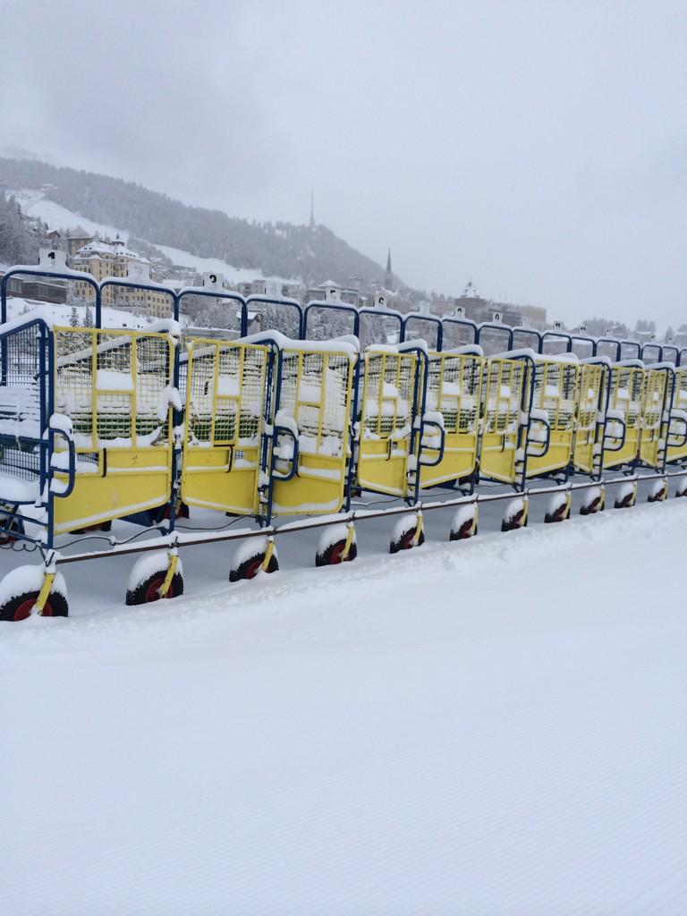 Starting stalls St Moritz style http://t.co/sljD8Ooi2g