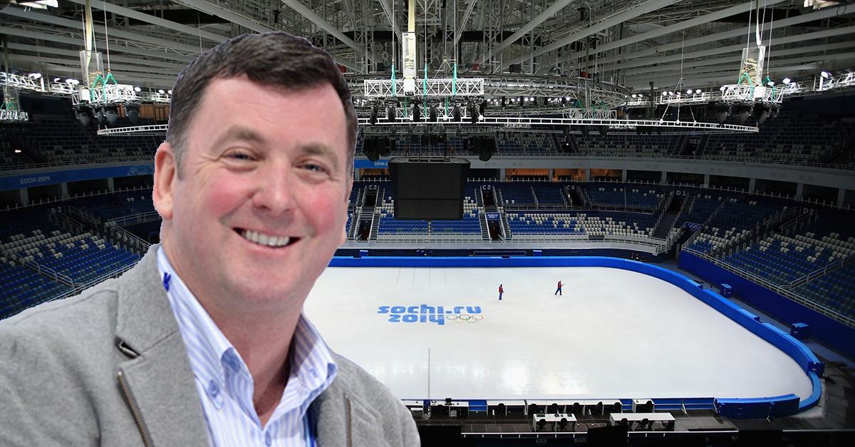 Брайан О́рсер / Brian Orser & Toronto Cricket Skating Curling Club B-c9hJQIEAAhsiA