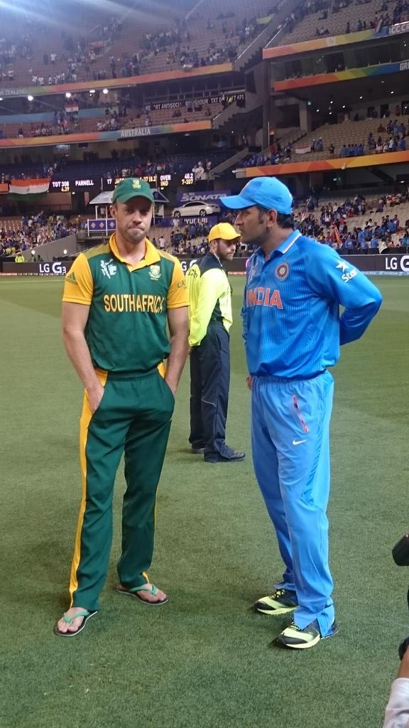 Image result for Mahendra Singh Dhoni and  AB de Villier