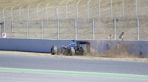 Foto de Jordi Vidal del momento del accidente de Alonso #F1 http://t.co/a32LQF7DEL