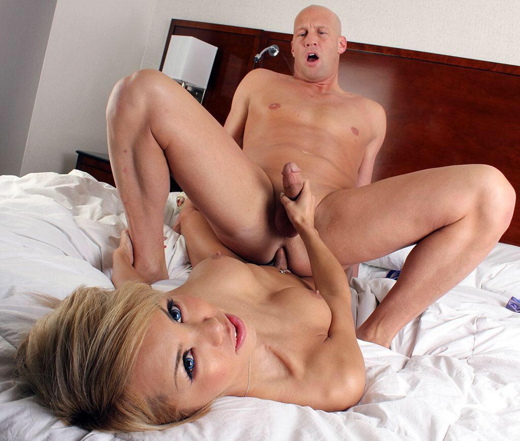 Ladyboy Fucks Bald Man