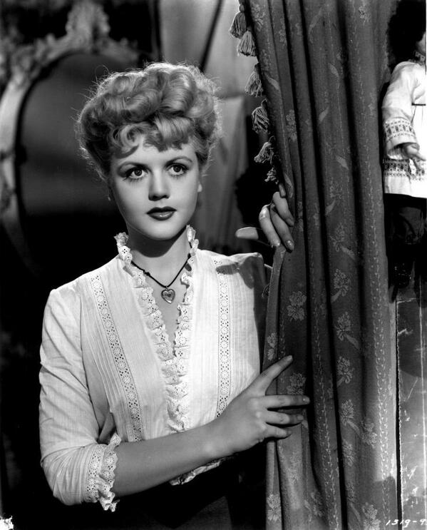 Angela lansbury news on twitter angela lansbury in her 2nd oscars 801 am 22 feb 2015 thecheapjerseys Gallery