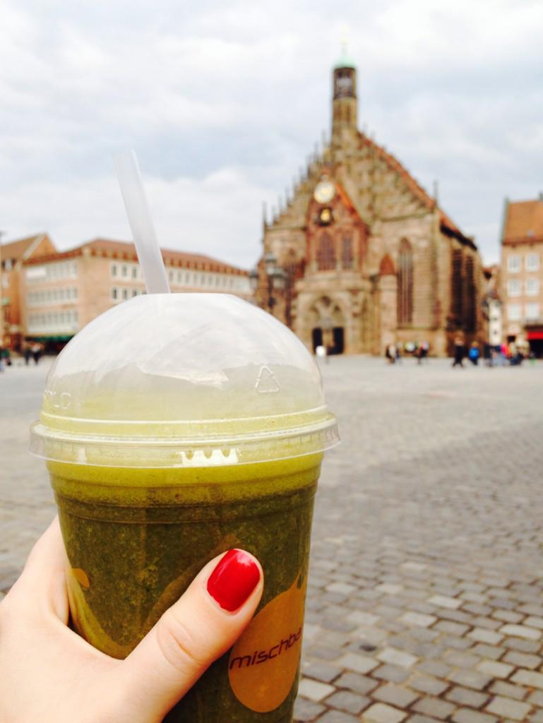 🇺🇸 Looking for green smoothies in #Nuremberg? Check out those from the #Mischbar ✌️ #NurembergHighlights