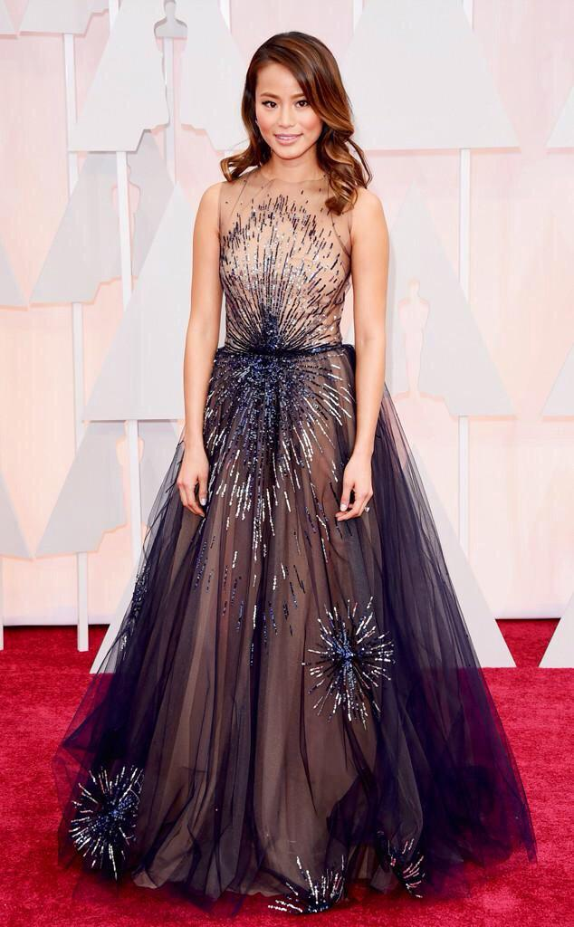 Jamie Chung at the Oscars in a stunning dress