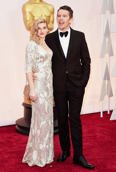 Ethan Hawke nominated for Boyhood just arrived with his wife #Oscars2015 #Oscars #RedCarpet http://t.co/rhsyD5ItFM
