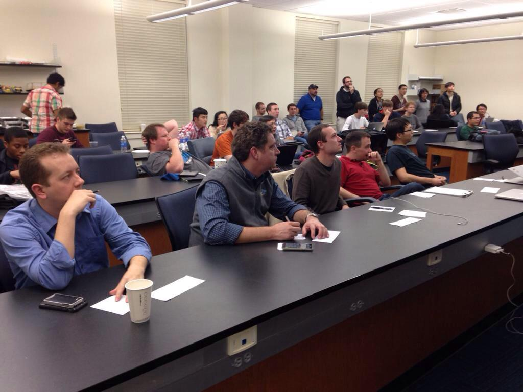 #Auburn judges: John Walker, @DonCrow, Chris Graff, Jeff Overbey y @__songgao__  #SmartCityHack #ALhack http://t.co/nuFlqiMPEq