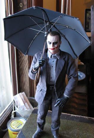 .@JaredLeto vs The Joker  RT @UplnTheAir: @SuperheroFeed hi http://t.co/anGm4sbYL0
