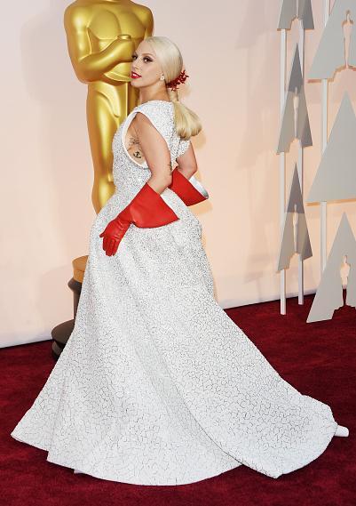 Actuación >> The Oscars 2015 [22/02/15] B-fgbi_CAAAdiMN