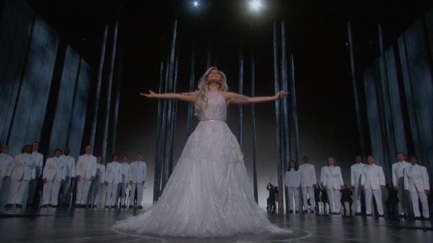 Actuación >> The Oscars 2015 [22/02/15] B-gH33yIYAAJQ3V