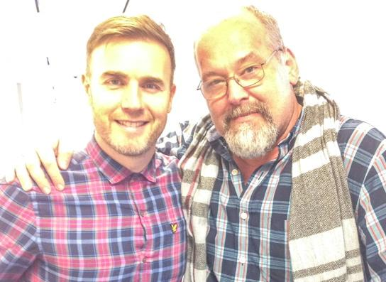 Next on #TheJOLT: A chat with the genius @GaryBarlow about MANY things, including @NeverlandBway. http://t.co/GNpinfSKPJ