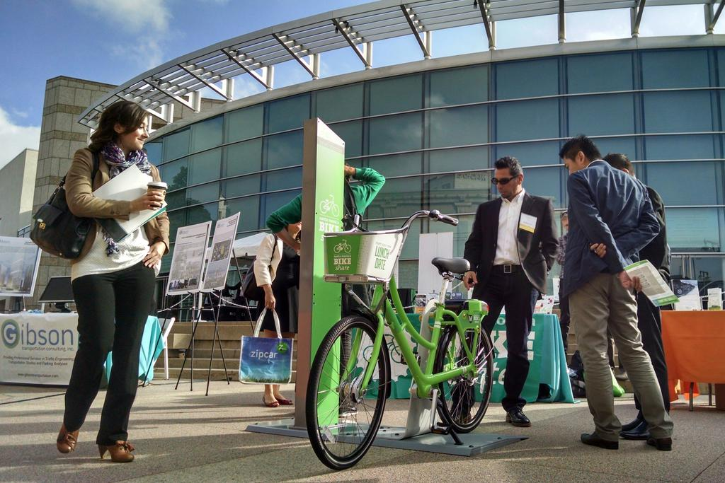 A nice #bike day at @LiveRideShare Conference! @JAMuseum #BikeLA #BikeShare http://t.co/PS0SKfS2fk