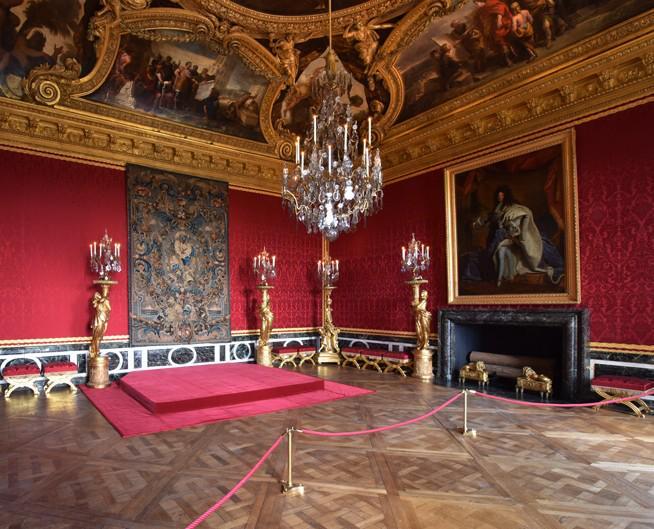 Chateaudeversailles on twitter jourdefermeture le salon for Salon d apollon