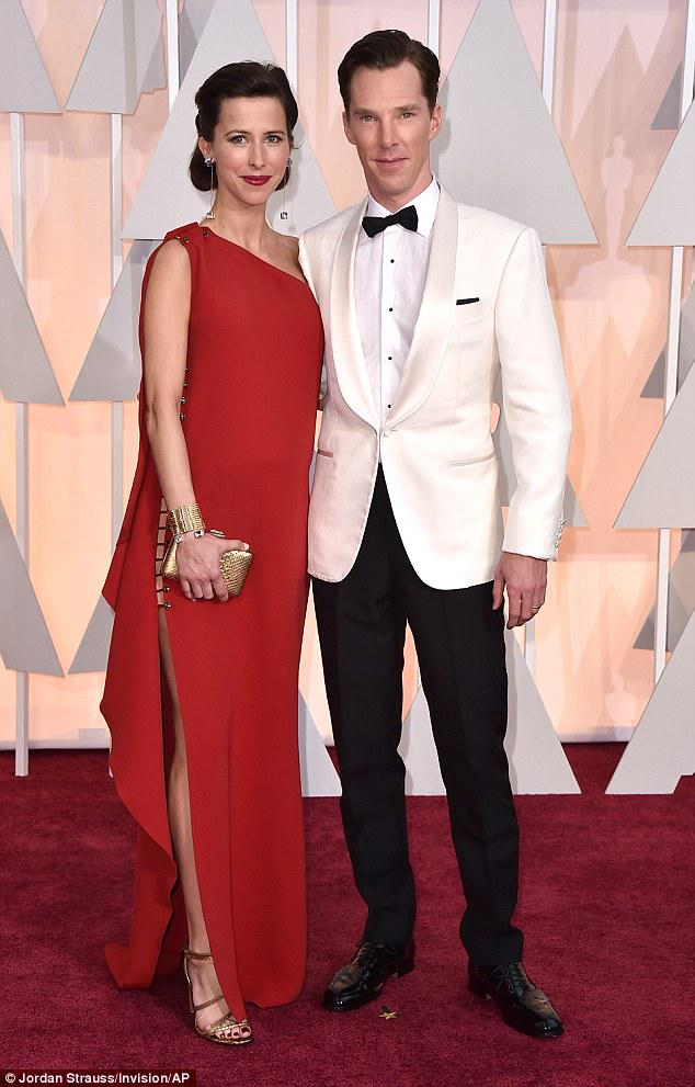 Elegant and stylish...Sophie Cumberbatch gets her maternity style just right at the Oscars. http://t.co/QHIZcc4Ove