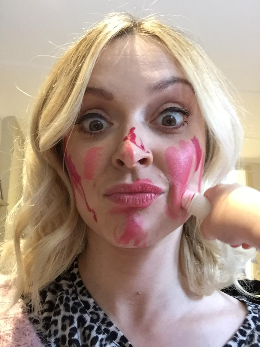 I've just let Rex loose with a lip stick on my face to make my face funny for money #RNDF text funny to 70011 http://t.co/qoT9iWtdwa