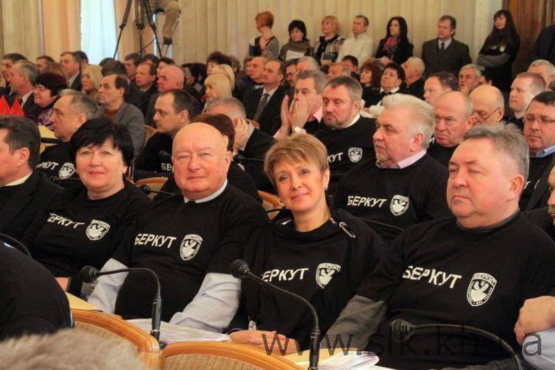 """Экс-""""регионал"""" Ефремов заявляет, что его дом в Луганске """"разграбили"""", а в СИЗО ему не понравилось - Цензор.НЕТ 497"""