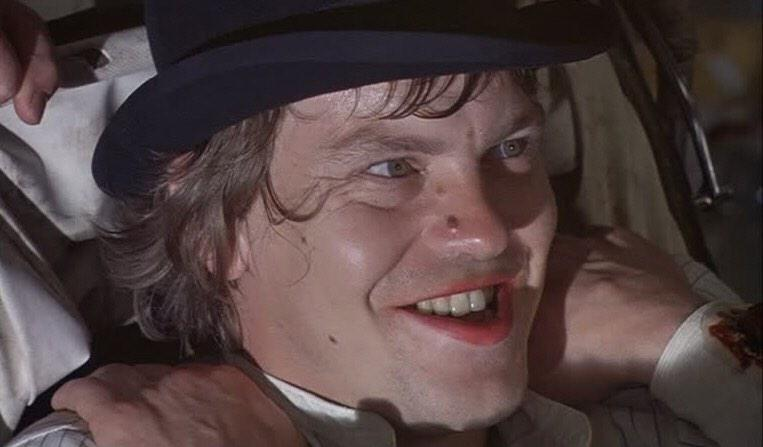 No outrage for Warren Clarke's snub from last night's In Memoriam? Where my Kubrick droogs at? Let's RT for Dim! http://t.co/bGwwGaxvlS