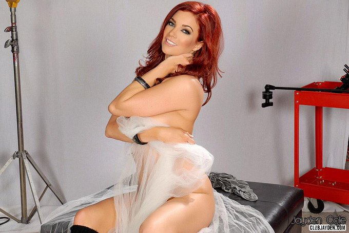 One hour left for my latest auction: http://t.co/tGC4Zaf8zL #CustomVideo http://t.co/Q4AqKlM1EV