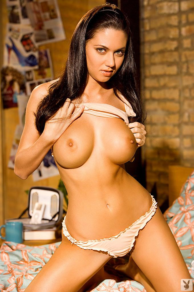 Girlsofpb com media pictures playboy w whitney leigh hot nude