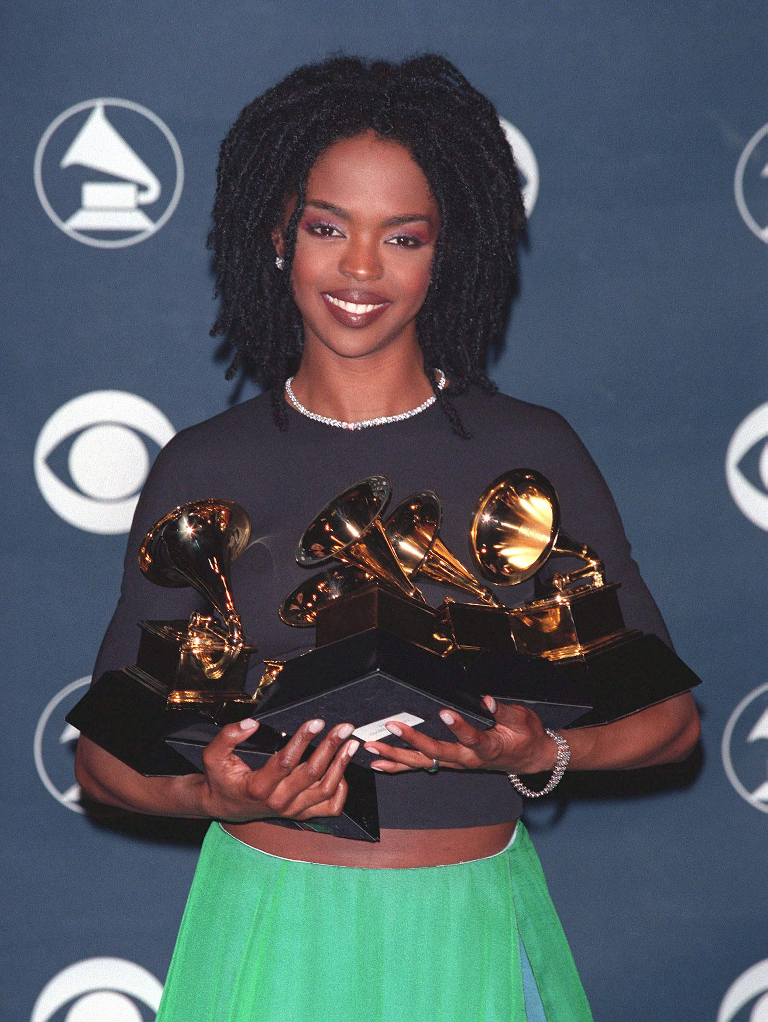 """RT @sonsandbros: On this day in 1999, """"The Miseducation of Lauryn Hill"""" set the record for most Grammys won by a woman in one night. http:/…"""