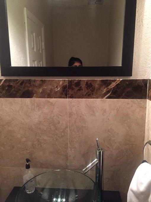 #selfie in Hakeem Olajuwan's house http://t.co/3cdhcAl31E