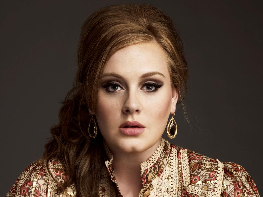 """""""@Forbes: Adele's """"21"""" has now spent 4 years straight on the Billboard 200: http://t.co/rnrjsxPWF4 http://t.co/e9IJjkXzNM""""  Bruhhh"""