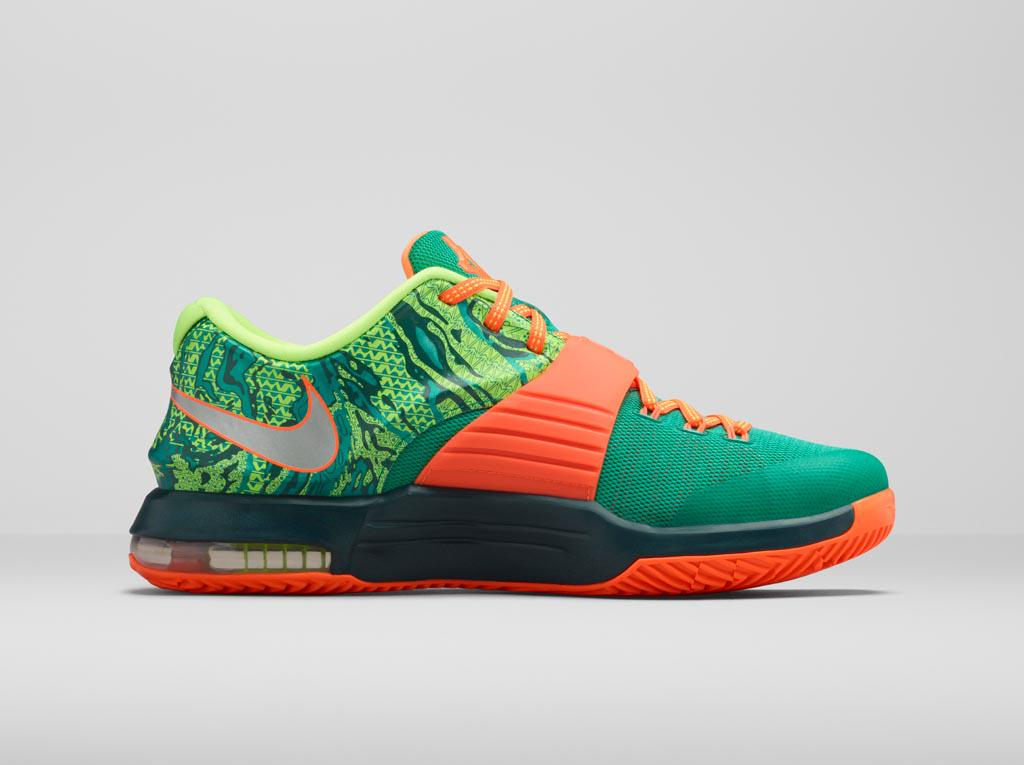 "san francisco 65a89 deed2 The  KD7 Weatherman Collection. Available March 5.  pic.twitter.com 4kq2Z9WHMU"" please"