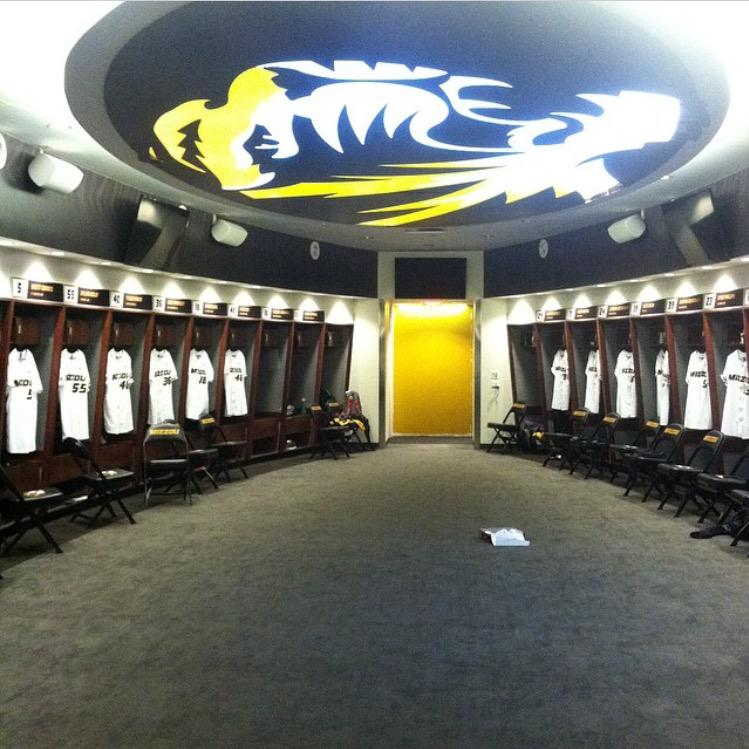 Colin Garner On Twitter DugoutKings Inside The Mizzou Baseball Locker Room Tco PRt4LrIfeu KoleWorld5 Spread TheDoe