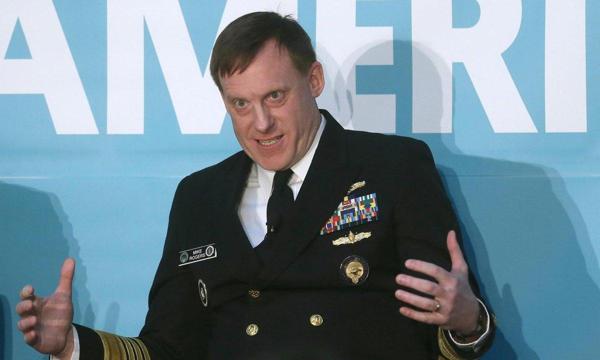Esa foto del Dtor Gral de la NSA defendiendo espiarnos por nuestro bien me inspira confianza http://t.co/Y3YcK5NtD9 http://t.co/aPkJLRkBb0