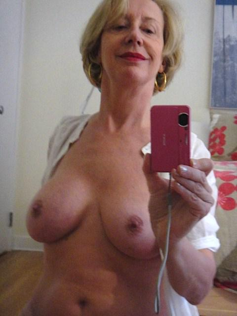 Black Horny Mature 102