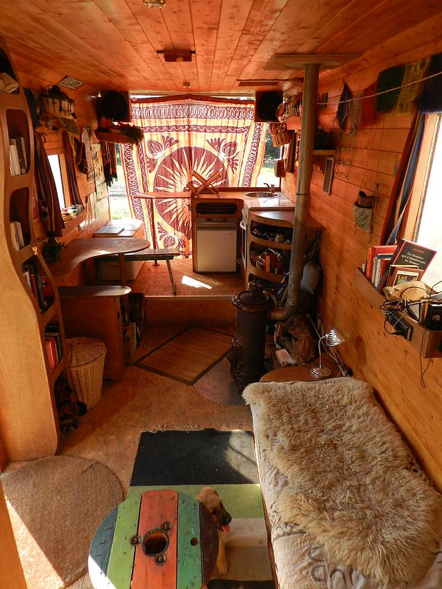 Em3rika on twitter ceci n 39 est pas un petit chalet mais for Amenagement interieur camping car