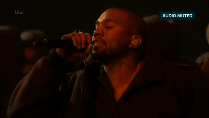 'Audio Muted' was the best thing about that performance. #BRITs2015 http://t.co/3QFHl66oIU