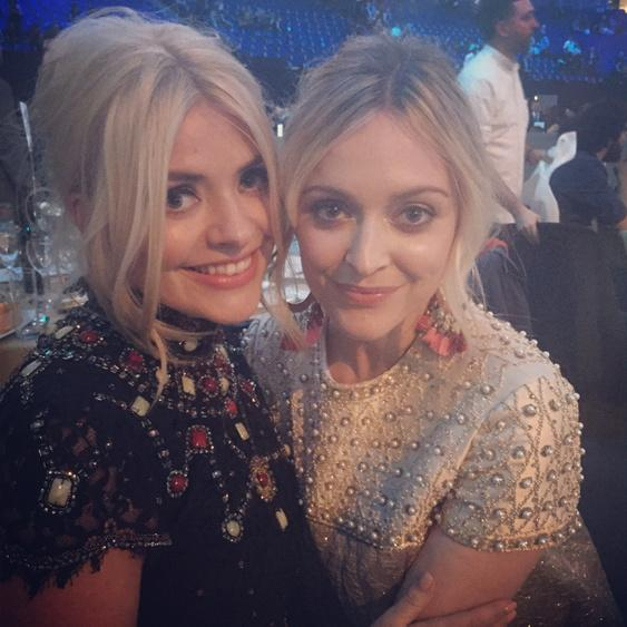 Had so much fun with my number 1 babe last night @hollywills 💛 http://t.co/17ljgYYbQJ