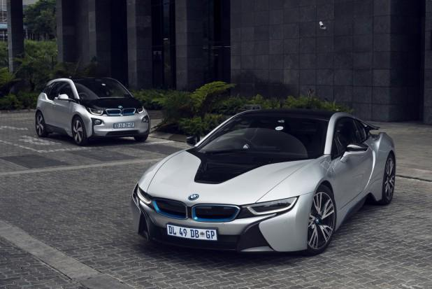 The #BMW #i8 and #i3 are officially in SA. Check our first drive impressions here http://t.co/knhi5vu9G6 http://t.co/VplUMaEnSf