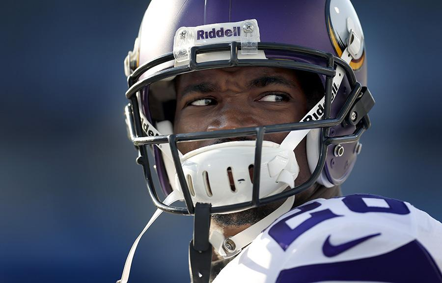 Breaking: Federal judge agrees with NFL players union, overturns Adrian Peterson's suspension http://t.co/U2WMlYfqvt http://t.co/Fd0vEX2fEK