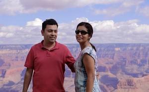 Anti-Islamist BangladeshI intellectual #AvijitRoy murdered in Dhaka, wife injured: http://t.co/qewTUBk1ly More horror http://t.co/zozxcfKkXL