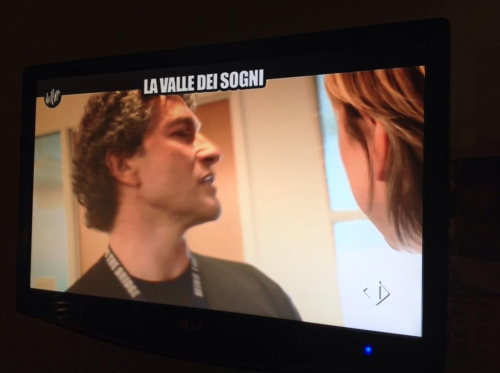 Fantastici @mmarinucci @felorwa @fabricapo @pppaolo live su @redazioneiene #leiene http://t.co/CaAIjLY7MQ