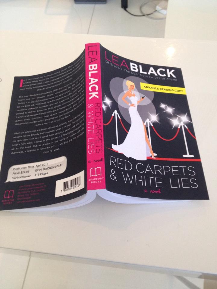 RT @LeaBlackMiami: Omg!getting great reviews!Pls pre order and get ur signed copy on http://t.co/scch7tQZsv #redcarpet http://t.co/IZ08z8jQ…
